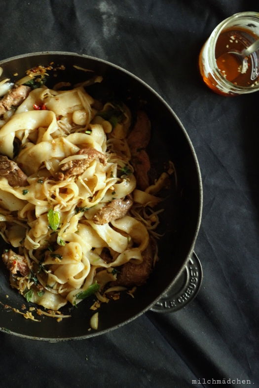 X'ian Cumin Lamb Hand Smashed Noodles | milchmädchen.