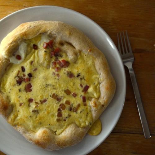 Pizza alla carbonara | milchmädchen.