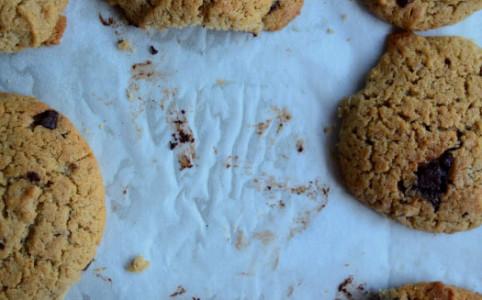 Kekse mit Sauerteig und Mokka-Mandel-Cashew-Butter | milchmädchen.