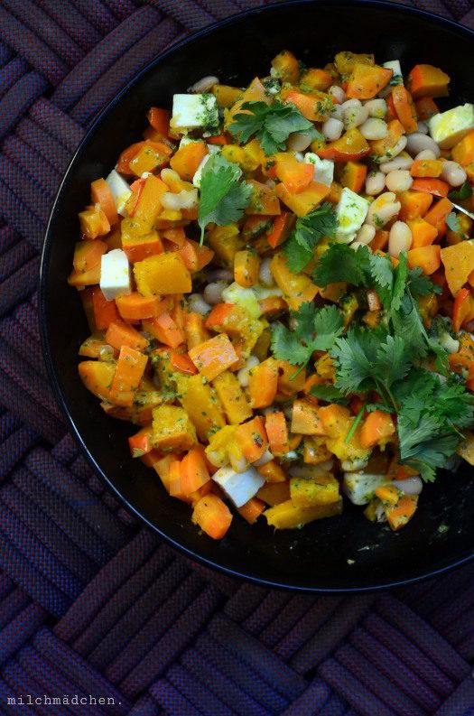 Ziemlich beste Freunde: Gebackener Kürbis-Süßkartoffel-Salat mit Hirse und Feta